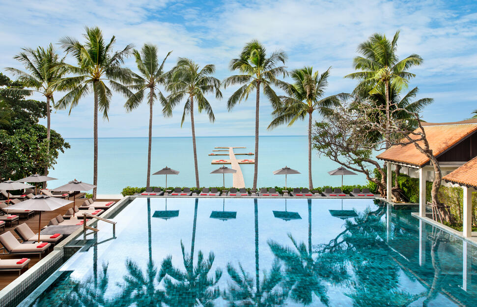 Swimming pool, Le Meridien Koh Samui Resort & Spa, Thailand, Far East.
