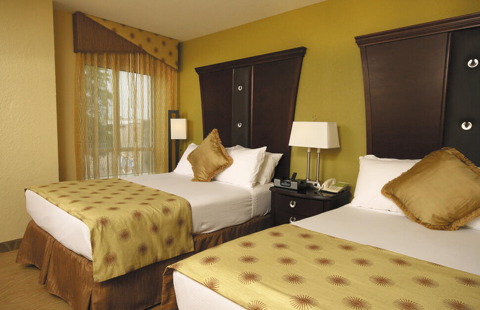 two Double bedroom, beds, Room, The Hotel Highland at Five Points South, Alabama, Southern USA