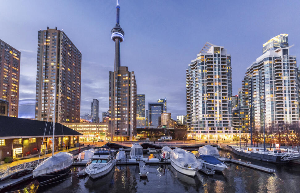 4 Nights Toronto - 3 Nights New York