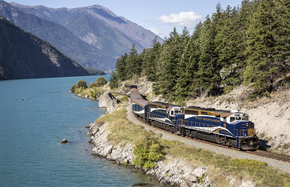 Rocky Mountaineer - Coastal Passage Classic, Banff-Seattle (Westbound)