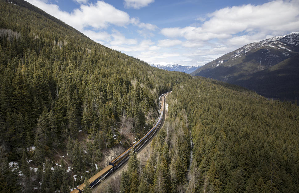 Rocky Mountaineer - Journey Through the Clouds at Leisure
