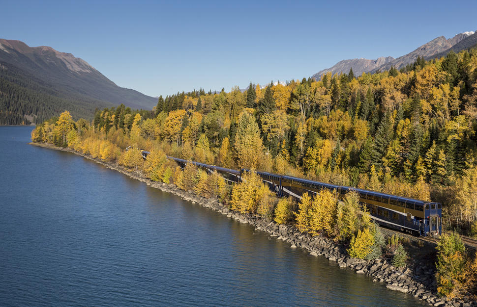Rocky Mountaineer - First Passage to the West Classic
